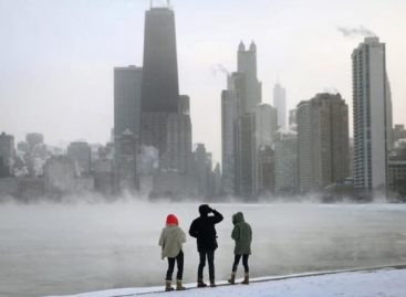 """5 Reasons to Visit Chicago This January"""""""