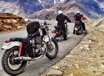 Important Factors to consider while planning Leh Ladakh Bike Tour