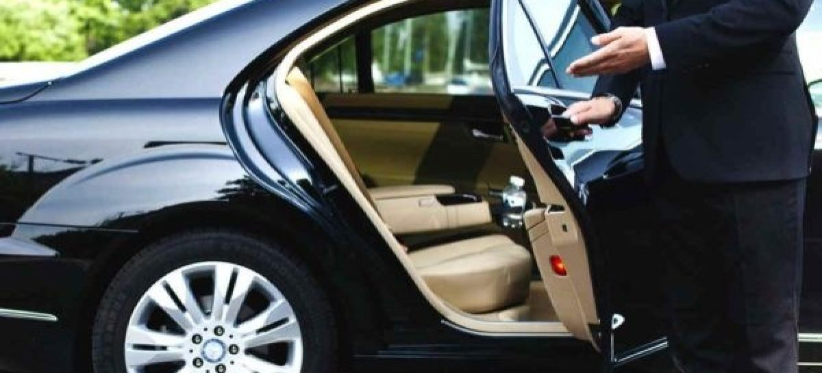 Notable Reasons to Hire Airport Car Service
